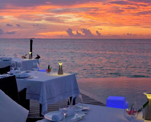 Maldives Dining Lily Beach