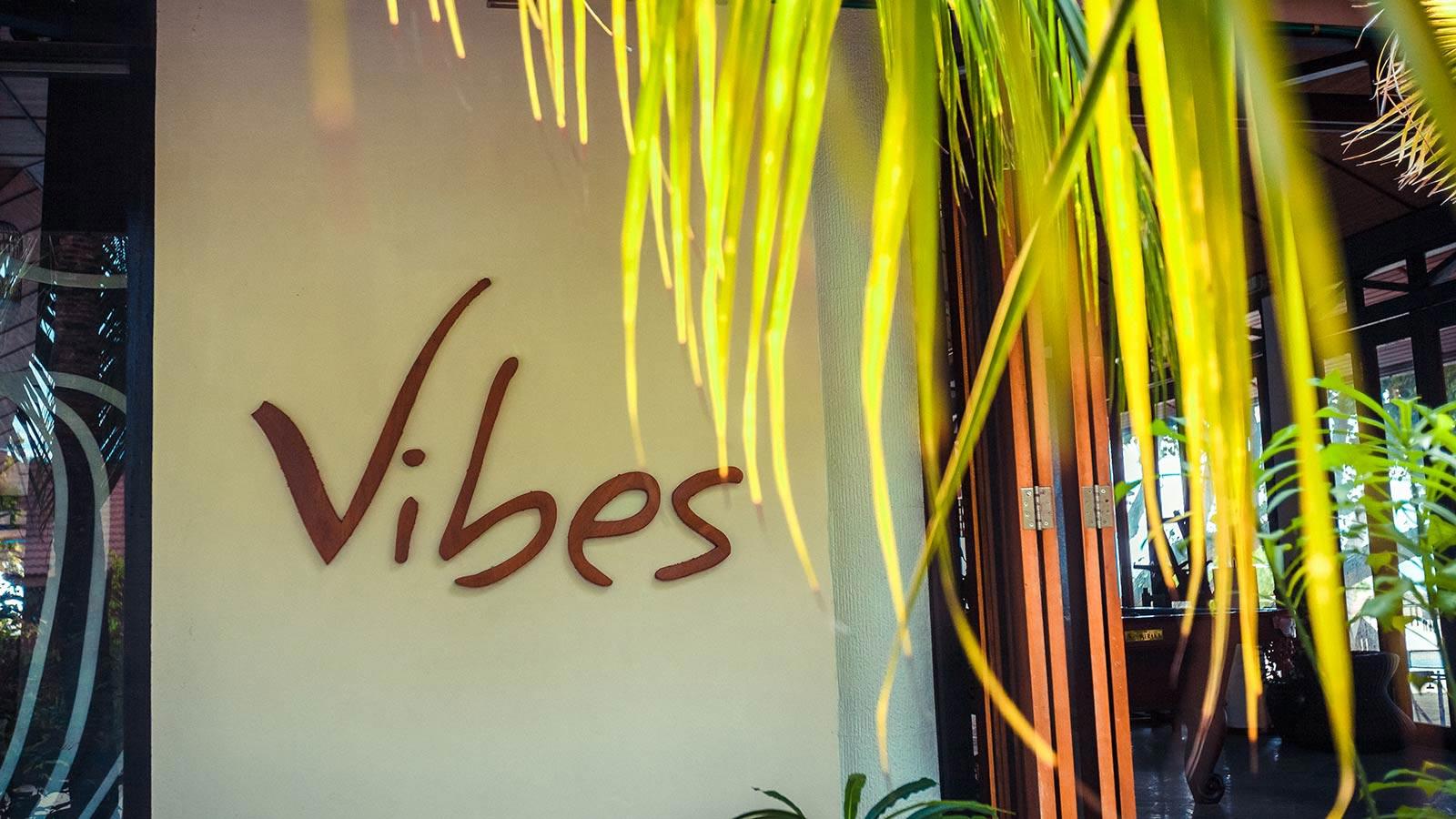 Vibes Bar Poolside Dining At Lily Beach Maldives