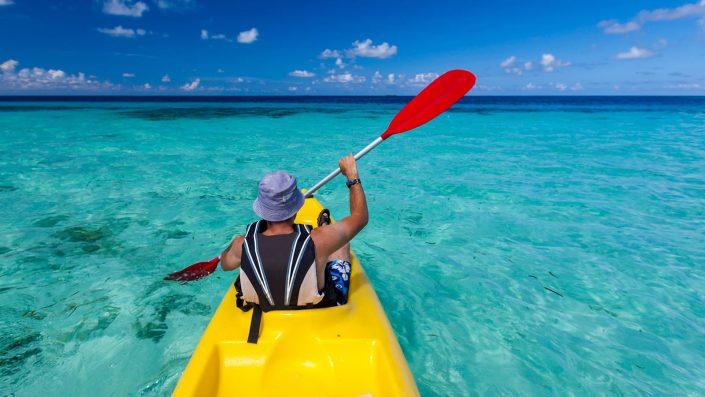 Entdecken Sie die Insel mit dem Kayak