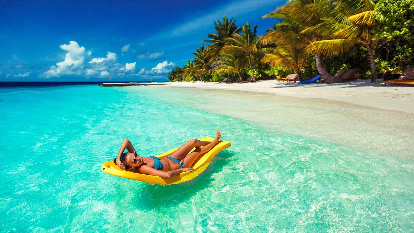 Lily Beach Resort And Spa Hotel Maldives