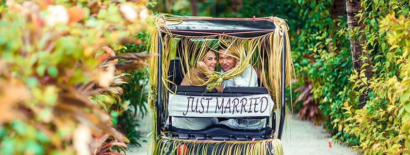 Stress-free wedding at Lily Beach